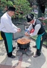 250 csapat főz birkapörköltöt Karcagon