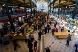 Megnyílt a felújított Klauzál téri vásárcsarnok